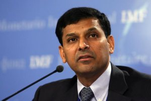 rbi-governor-raghuram-rajan-may-raise-policy-rates-yet-again_230913100043
